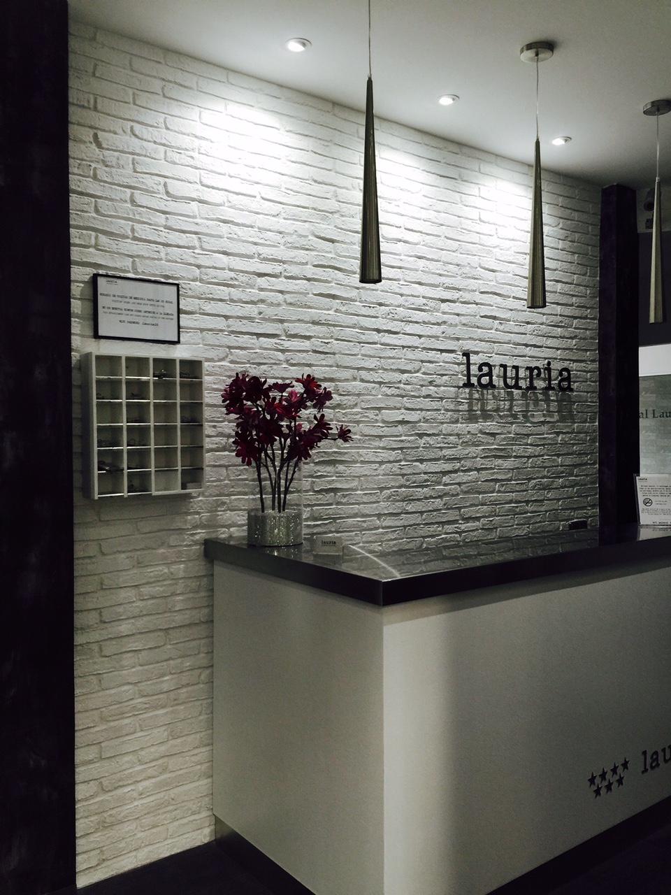 Panelpiedra ladrillo rustico en blanco 13 panel piedra paneles de piedra paneles - Paneles de decoracion para paredes ...